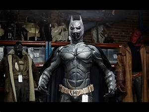 Creating New Batsuit 'The Dark Knight' Behind The Scenes ...