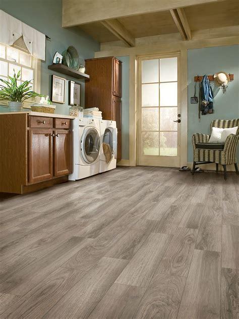 armstrong flooring stores best 25 armstrong vinyl flooring ideas on pinterest vinyl flooring kitchen vinyl wood