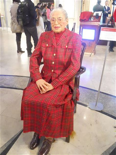 rosa parks  madame tussauds rosa parks white dress