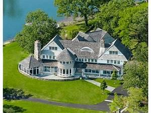 Ct Real Estate Douglas Elliman Real Estate Moves Into Connecticut