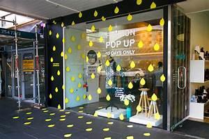 Pop Up Store : fashion collaboration pop up store on behance ~ A.2002-acura-tl-radio.info Haus und Dekorationen