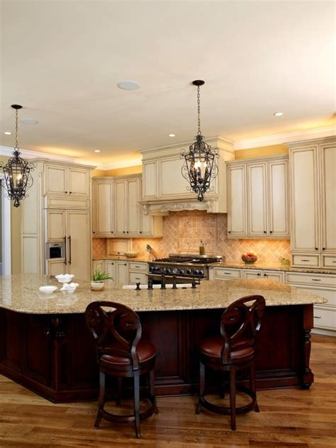 like the light fixtures cabinet colors and granite