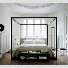 Feathered Nest Four Poster