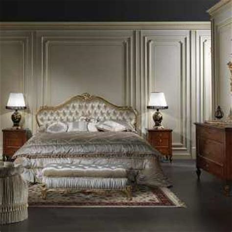 Classic Bedrooms by Classic And Luxury Furniture For Bedrooms Vimercati