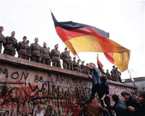 fall   berlin wall