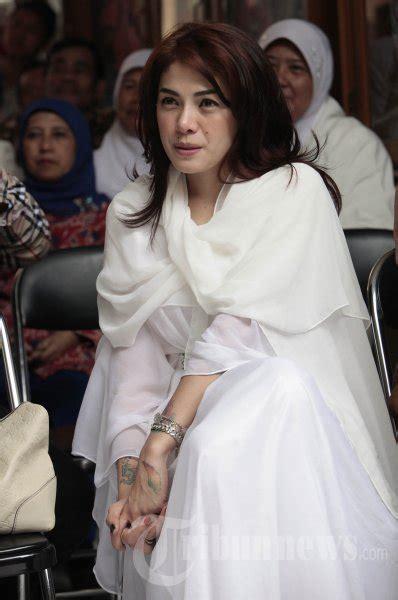 Nikita Mirzani Kunjungi Sman Bandung Foto