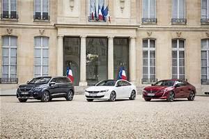 Le Palais De L Automobile : la nouvelle peugeot 508 pose devant le palais de l 39 elys e photo 1 l 39 argus ~ Medecine-chirurgie-esthetiques.com Avis de Voitures