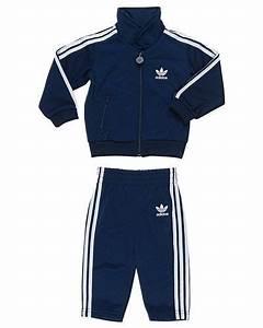 Adidas barnkläder rea