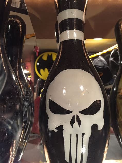 Pin by Danny Nelson on Marvel bowling pins (airbrushed ...