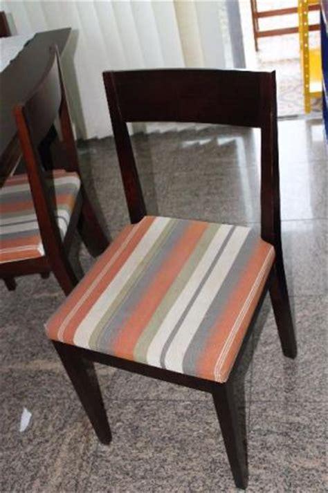 sofas tok stok usados mesa de jantar e 4 cadeiras da tokstok usados seminovos
