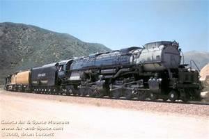 Goleta Air & Space Museum - Union Pacific Challenger No. 3985
