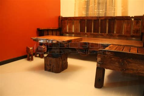 reproduction antique  set  shaped daybed bench set
