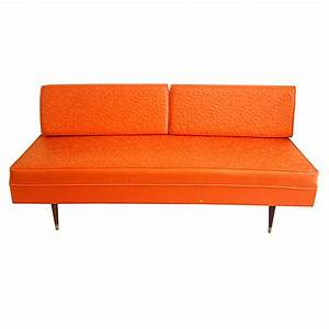 Sofa Vintage Leder : vintage leather sofa tangerine oragne day bed on antique row west palm beach florida ~ Indierocktalk.com Haus und Dekorationen