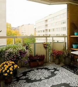 Teppich Für Balkon : 19 originelle ideen f r einen gem tlichen balkon ~ Whattoseeinmadrid.com Haus und Dekorationen