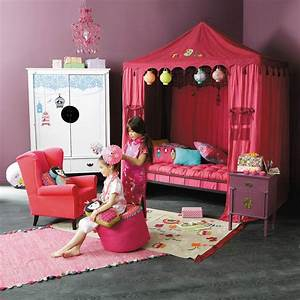 Chambre De Bébé Fille : chambre fillette ~ Teatrodelosmanantiales.com Idées de Décoration