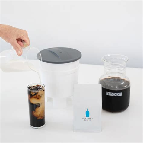 But as socrates once said, i know that i know nothing about coffee beer. because the people clearly want these flavored brews, and blue moon is now meeting the demand nationwide with the blue moon iced coffee blonde. Shop   Blue Bottle Coffee