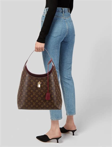 hobo bag style examples  coach louis vuitton  gucci hobo bag meaning history