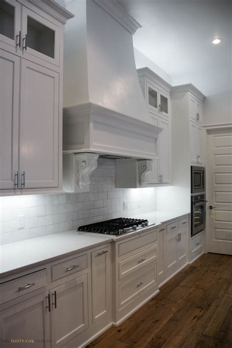 simple white kitchen home