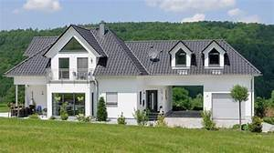 Wow Hausbau Preise : exklusive stadtvilla mit walmdach gauben und erker mehr erfahren bungalow pinterest ~ Markanthonyermac.com Haus und Dekorationen
