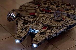 Faucon Millenium Star Wars : modification int rieure du millenium falcon ucs par marshal banana lego millennium falcon ~ Melissatoandfro.com Idées de Décoration