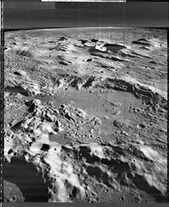 Alien Moon Base Captured by Chang'e-2 Orbiter? - 2012