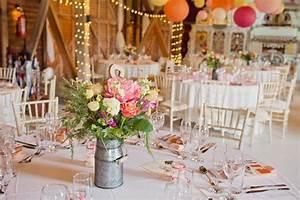 Guirlande Lumineuse Mariage : mariage grange avec guirlandes lumineuses oui t ~ Melissatoandfro.com Idées de Décoration