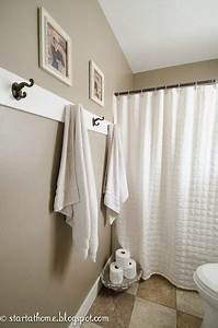 Where to hang towels in small bathroom home design for Where to put towel bar in small bathroom