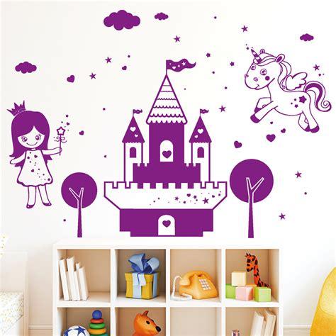 Wandtattoo Kinderzimmer Mädchen Prinzessin schloss mit prinzessin und einhorn wandbild