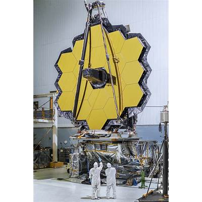 James Webb Space Telescope Mirrors Will Piece Together
