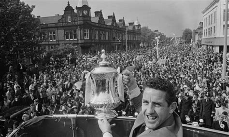 Chelsea v Tottenham in the 1967 FA Cup final: Watch colour ...