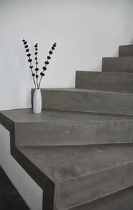 Treppe Renovieren Pvc : die besten 25 betonboden ideen auf pinterest industrie boden farbe verschmutzte betonb den ~ Markanthonyermac.com Haus und Dekorationen