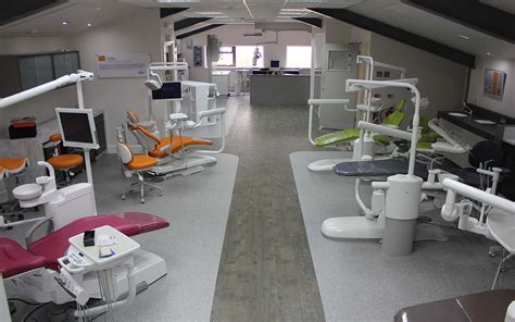 run dental courses training facility gatwick