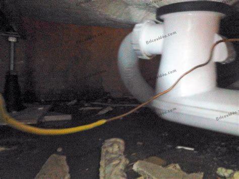forum plomberie probl 232 me eau sous la baignoire apr 232 s 233 vacuation de l eau du bain