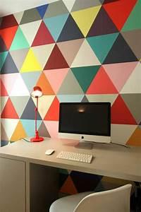 le papier peint geometrique en 50 photos avec ides With delightful couleur papier peint tendance 12 quelle couleur choisir pour la salle de bain trouver