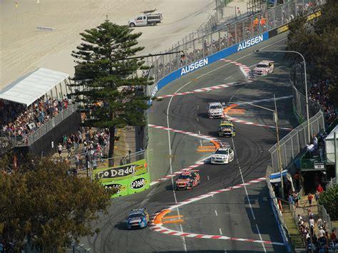 supercars championship gold coast  machinesu magazine