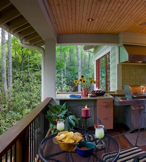 entertain  style  custom outdoor kitchens indoor