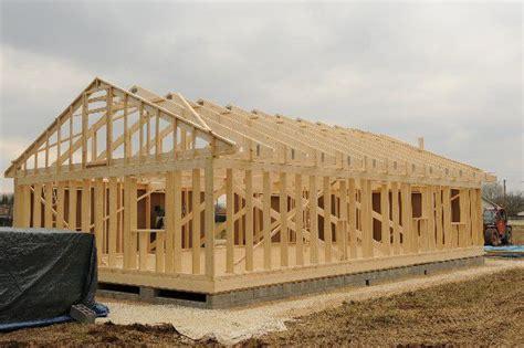 plan de maison plain pied 2 chambres et garage maison en ossature bois autoconstruction maison en