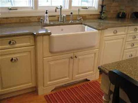Farm Sink Cabinet by Farm Sink And Granite Countertop Install Mismatch