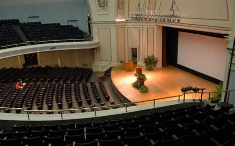 uiuc celebrates  years  empty   lecture halls