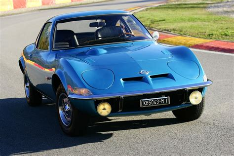 Opel Gt 1900 by Opel Gt 1900 In Blue Maquinas Cars