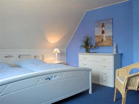 Maritimes Schlafzimmer Schlafzimmer In Weiss Und Blau Einrichten by Maritimes Schlafzimmer Einrichten