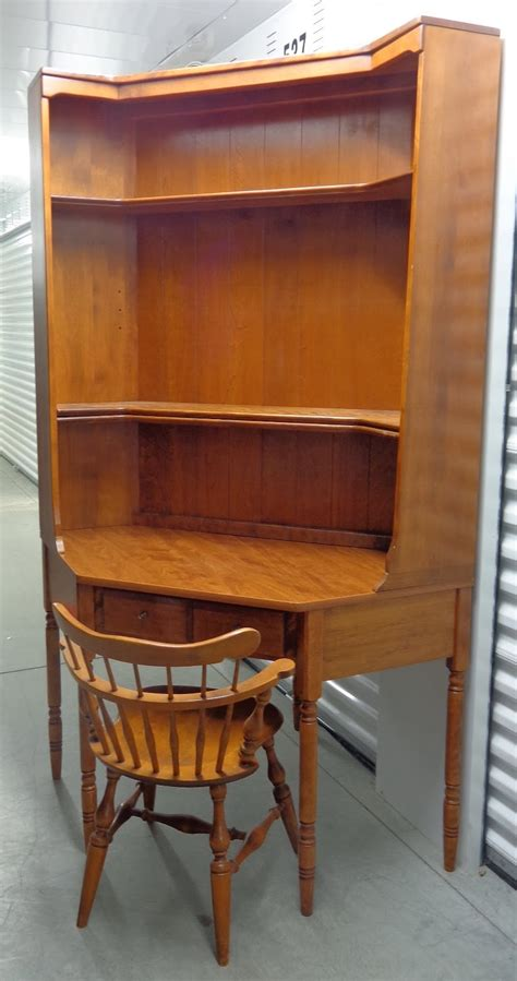 Ethan Allen Desk With Hutch - ethan allen corner desk with matching bookshelf hutch top