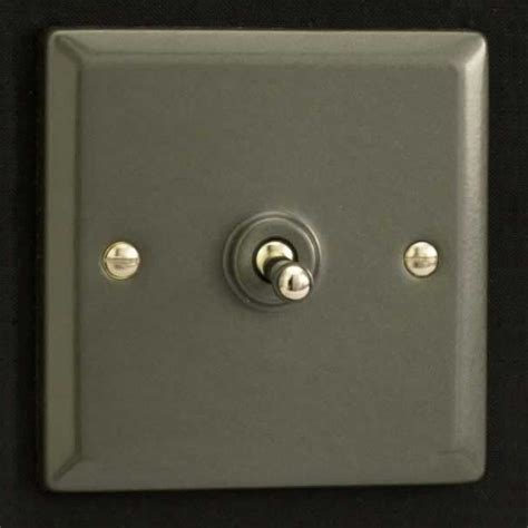 varilight 1 10a 1 or 2 way dolly toggle light switch graphite 21 xpt1