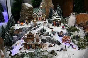 Village De Noel Miniature : les secrets pour r aliser un village miniature lemax au jardin des plantes ~ Teatrodelosmanantiales.com Idées de Décoration