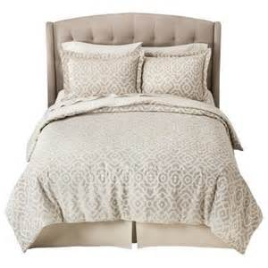 target fieldcrest luxury geometric comforter image