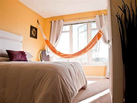 Hammock For Bedroom by Ways To Hang A Hammock In Your Bedroom Wearefound Home