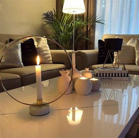 desain ruang tamu mewah minimalis elegan modern
