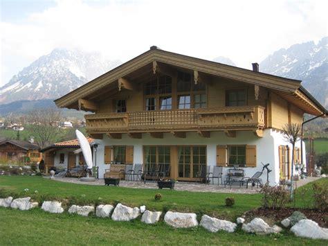 Einfamilienhaus Holzhaus Mit Ziegelfassade by Neubau Holzbau Mitterer