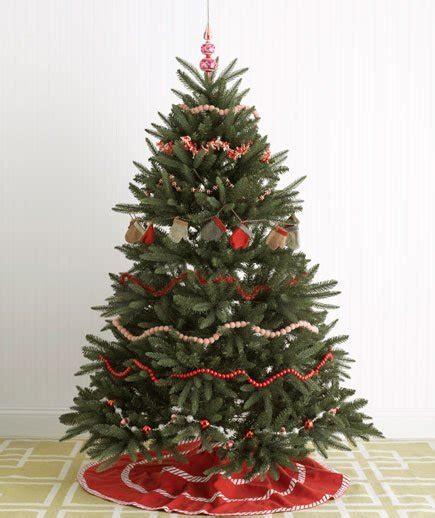 decorate  garland festive christmas tree