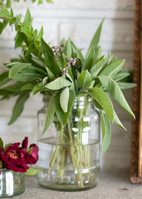 cute ideas  flower arrangements favecrafts